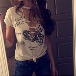 Tops - Key hole white T-Shirt